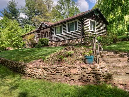 Granny & Pa's Cabin - Black Mountain Vacation Rentals - Image 1 - Black Mountain - rentals