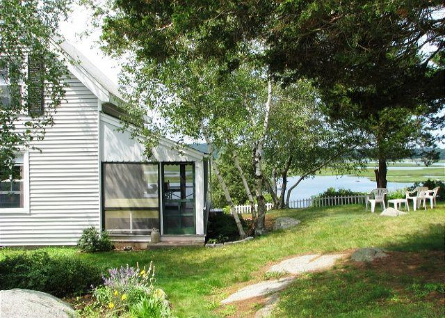 Thurston Point Cottage - Image 1 - Gloucester - rentals