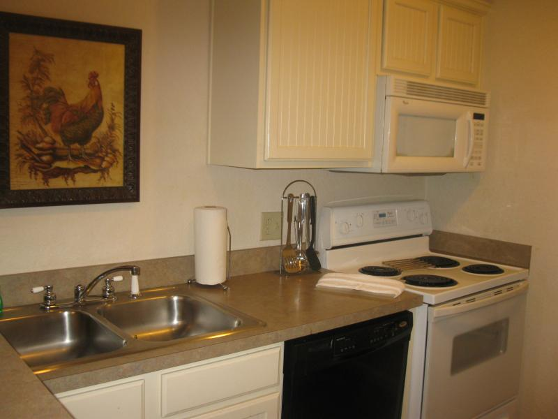 Kitchen - Berkshires Rental 15 minutes to Tanglewood - South Lee - rentals