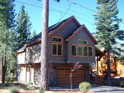 A Getaway Home That is Unforgettable ~ RA767 - Image 1 - South Lake Tahoe - rentals