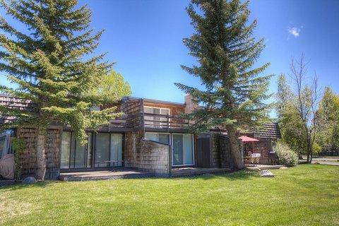 Great Value Home Just Steps from the Lake ~ RA900 - Image 1 - South Lake Tahoe - rentals