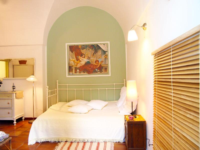 living room  - Romantic apartment in Villa,7km from the sea - Monopoli - rentals
