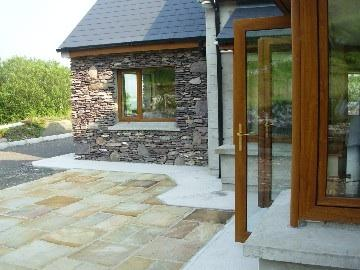 Luxurious modern family holiday home, 4 bed-3 en-suite, very private. - Image 1 - Waterville - rentals