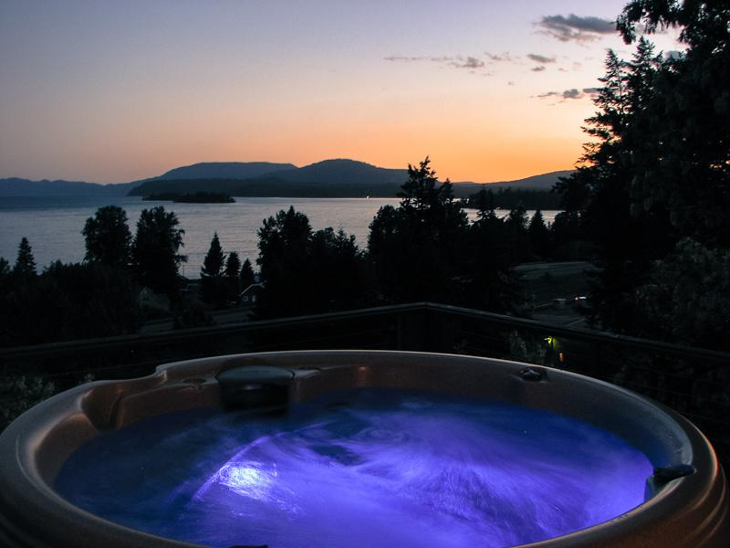 Enjoy views of Lake Pend Oreille and 4th of July Fireworks from the comfort the large deck and Hot Tub. - Hope Idaho Lake View Home with Hot Tub! - Hope - rentals