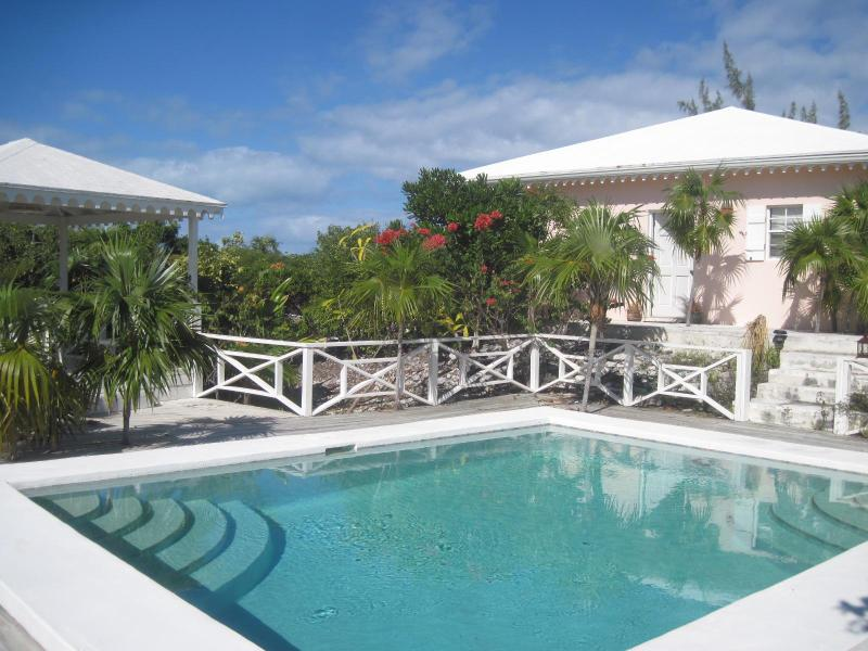 Pretty Cottage in the heart of Grace Bay - Image 1 - Grace Bay - rentals
