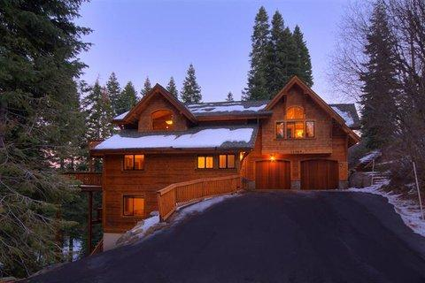 Luxury TreeHouse in Tahoe Donner with Hot Tub and Media Room ~ RA2179 - Image 1 - Truckee - rentals