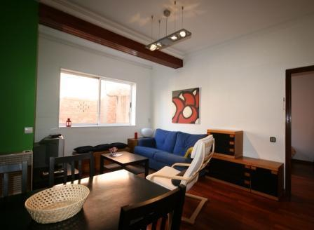Spacious Living-Dining Room - Sunny 3 Bedroom Apartment, Metro direct to beaches - World - rentals