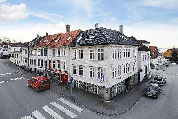 Sandvikstorget-our house - Sandvikstorget-main apartment - Bergen - rentals