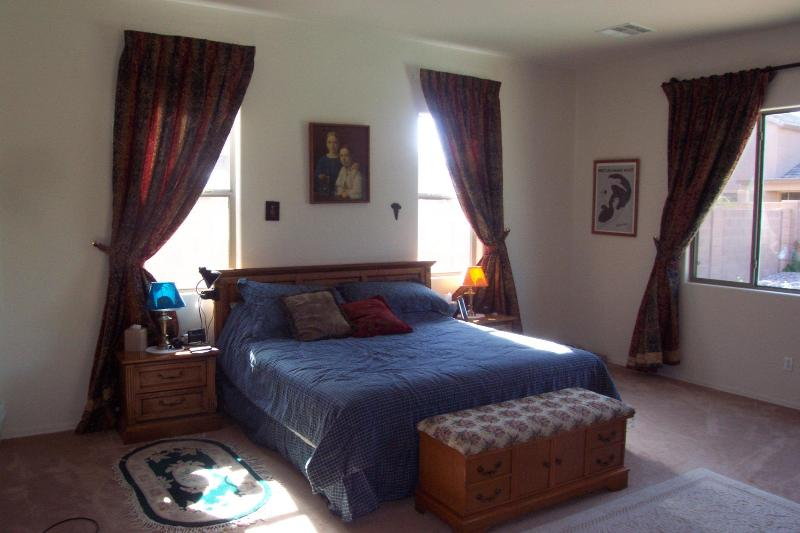 Master Bedroom king size - Fully Furnished Executive Home with Pool and spa - Surprise - rentals