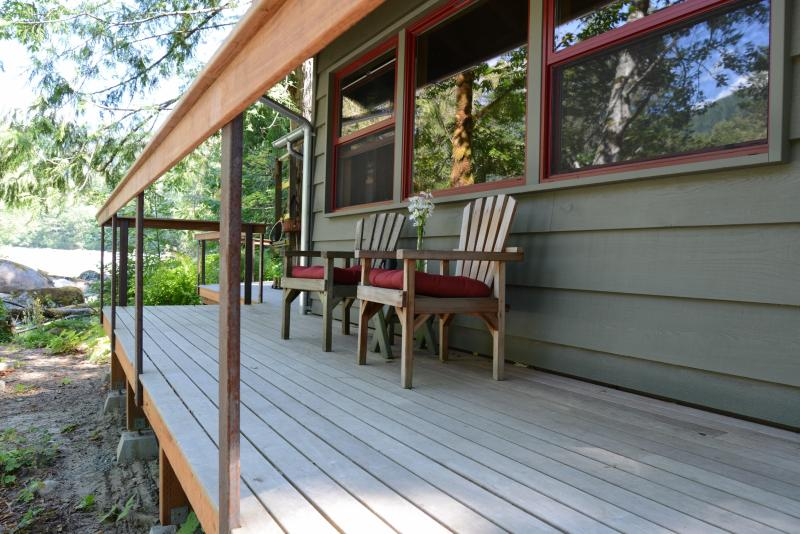 Serendipity Cabin - Escape to Your Skykomish River Retreat - Index - rentals