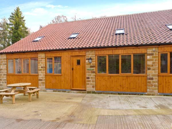 THE GRANARY, family-friendly, eco central heating, enclosed gravelled area, near Thirsk, Ref 19935 - Image 1 - Thirsk - rentals