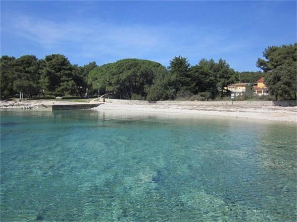 Apartment for 3 persons near the beach in Losinj - Image 1 - Mali Losinj - rentals