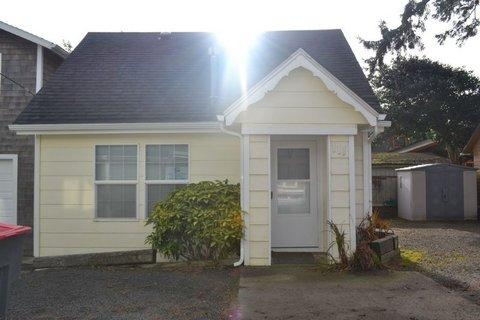 Sand Dollar Cottage ~ RA5855 - Image 1 - Seaside - rentals