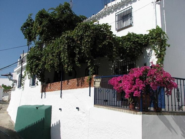 Lovely white village house in Torrox/Costa del Sol - Image 1 - Torrox - rentals