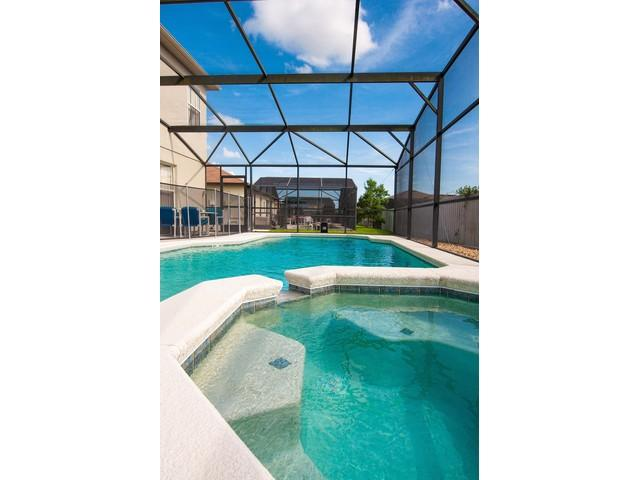 Private Spa and Pool (use salt instead of bleach), deck table and chairs, floaters, pool screen - 3200 sq ft Luxury Villa with Salt water Pool/Spa - Davenport - rentals