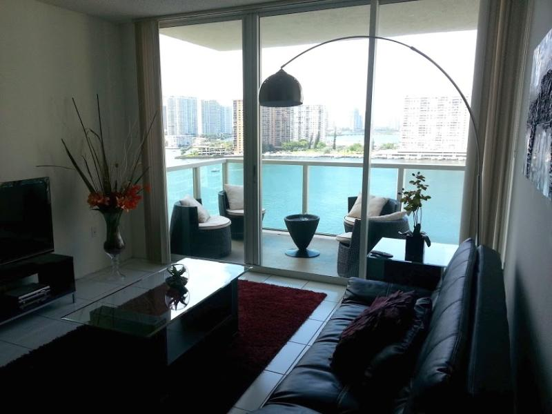 Living Room - Relaxing 3/2 Waterfront,Beach,Marina,Corner Unit ! - Sunny Isles Beach - rentals