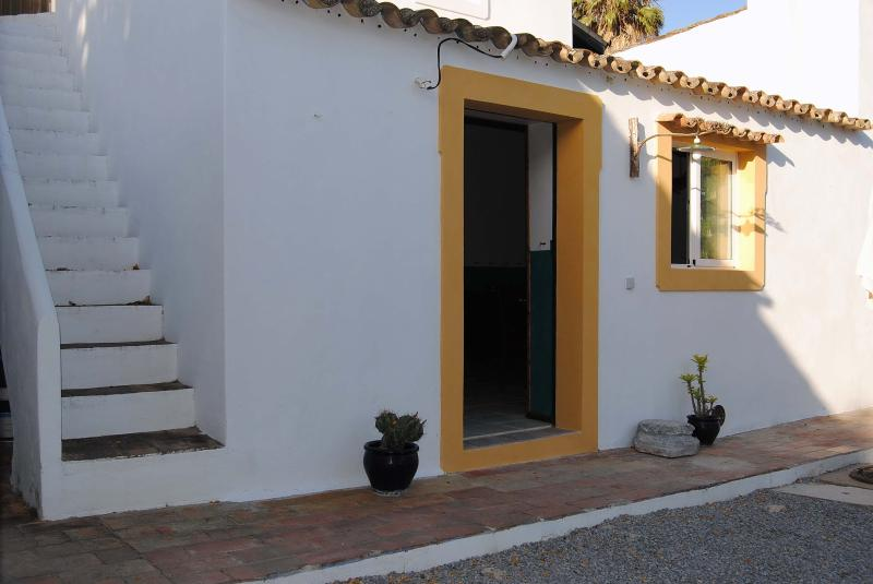 Country & Beach Cottage - Image 1 - Olhao - rentals