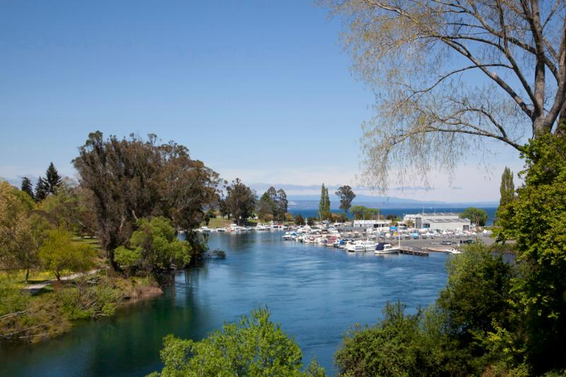 Views of the Water - Watermark Harbourside Villa - Qualmark 4 Star - Taupo - rentals