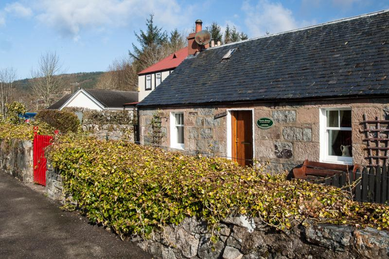 Kintore Holiday  Cottage Fort Augustus, Loch Ness - Image 1 - World - rentals