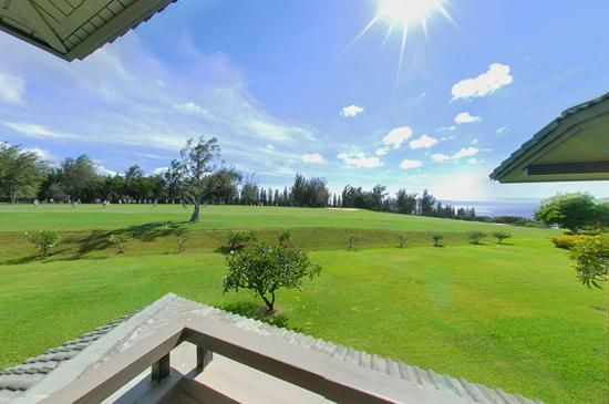 Wake up to a lanai right off the second story bedroom - Two Story Kapalua Ridge Townhouse Private, Quiet - Kapalua - rentals