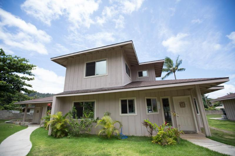 Homestead Estate - 4BR, Close to the Beach & PCC - Image 1 - Hauula - rentals