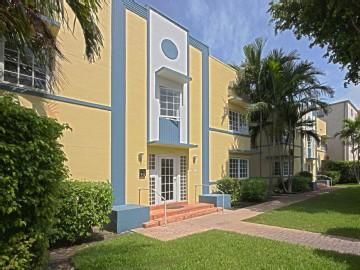 Entry - FABULOUS 2 BEDROOM 2 BATH IN MIAMI BEACH - Miami Beach - rentals
