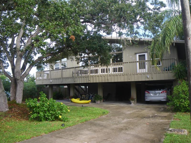front view - Paradise Found - Indian Rocks Beach - rentals