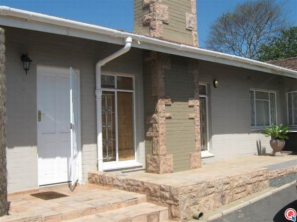 Outside of House - Self-Catering Guest House in Pinetown, Durban! - Pinetown - rentals