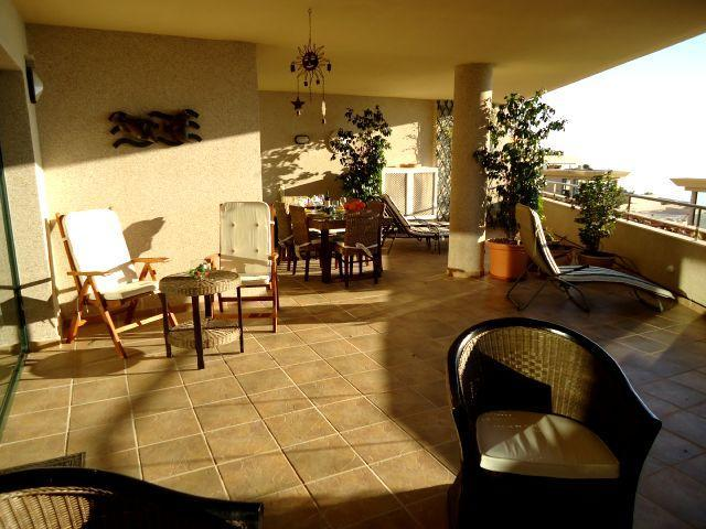 Rent-a-House-Spain, Costa Blanca, La Nucia, Altea, La, Vella, Albir, Benidorm, Moraira, Calp(e), Alfaz del Pi, Javea, Xabia, pool, golf, sea, beach, dishwasher, Dutch satellite TV - Rent-a-House-Spain, 6 pers. apartment Altea (La Vella) - Altea la Vella - rentals