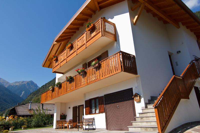The house - A cozy B&B in the Dolomites - Concei - rentals