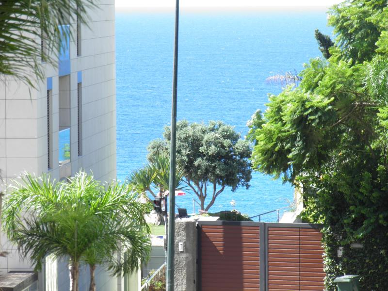 Plage et Mer - Tourist and Quiet Area of Funchal - Image 1 - Funchal - rentals