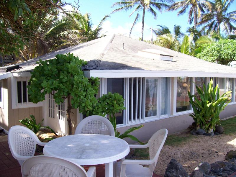 Exterior view from beachside decks. - Ehukai Hale Beachfront 3bd/2ba House - North Shore - rentals