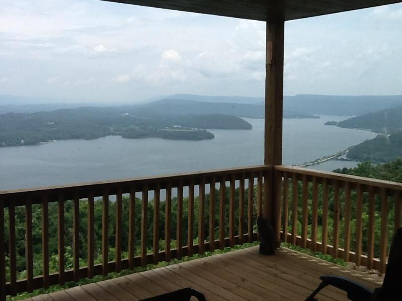 partial view from deck - awesome view, chattanooga 25 miles, gated, hot tub - Chattanooga - rentals