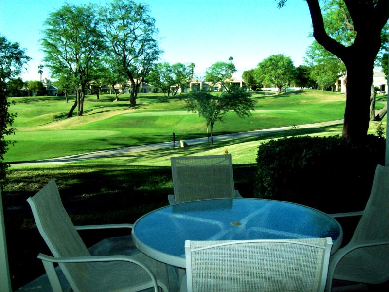 PGA West Condo Lovely 2 Bdrm+Den on Stadium Course - Image 1 - La Quinta - rentals