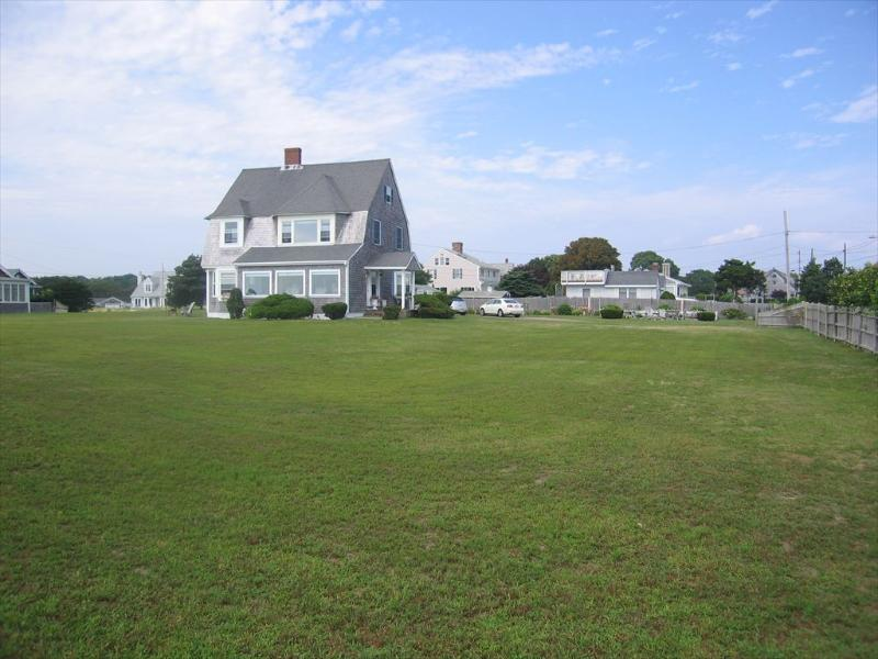 19 Colombus Ave - Image 1 - West Yarmouth - rentals