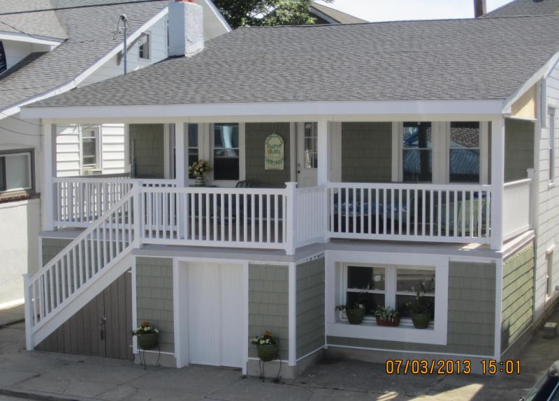 Ventnor Happy Ours Cottage - Ventnor Happy Ours Cottage 3Bd/2B- 200 Steps beach - Ventnor City - rentals