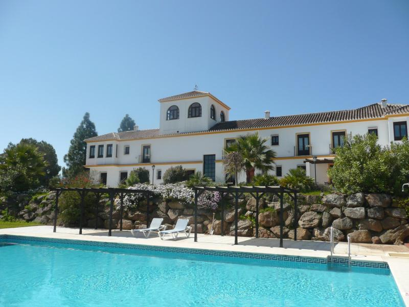 The Cortijo seen from the back with pool - Would'nt You Want To Be Here????? - Almogia - rentals