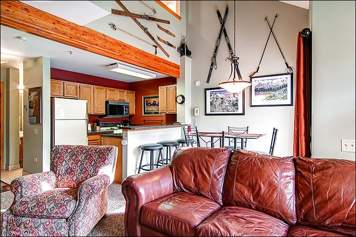Tasteful Mountain Decor - Great for Couples Traveling Together - Beautifully Decorated & Furnished (13154) - Breckenridge - rentals