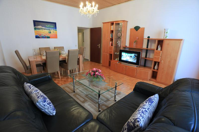 Cosy 2 Bedroom, Near Belvedere and Center!, Apt #6 - Image 1 - Vienna City Center - rentals