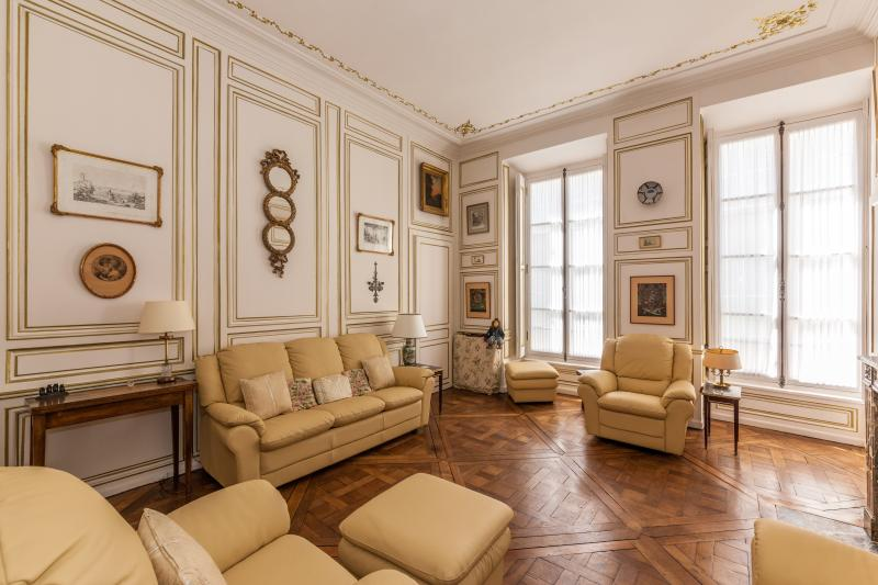 THE SAME GLAMOUR AS IN THE PALACE - Image 1 - Versailles - rentals