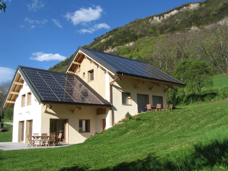 RENT A HOLIDAY COTTAGE 4 STARS - Image 1 - Montagnole - rentals