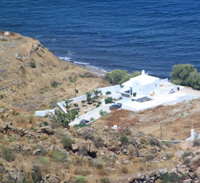 Total view of Summer lovers-villa from the volcanic mountain - Santorini  summer-lovers villa unte for 6 - Santorini - rentals