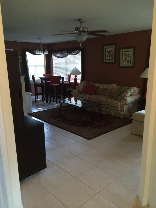 Vacation Condo at Venetian Palms #309 - Image 1 - Fort Myers - rentals