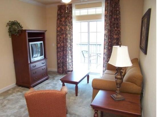 Sample Sitting Area - T2C1395TL-Gen1 Well-Furnished Condo Near Disney Area - Davenport - rentals