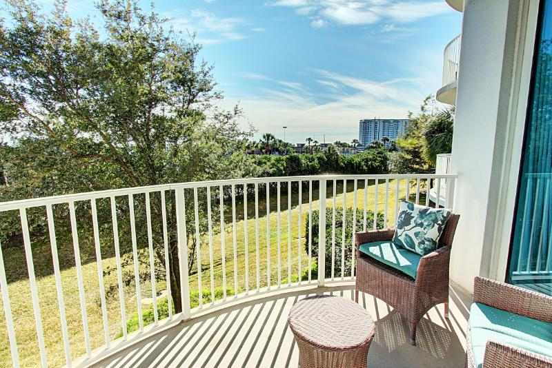 Palms Resort #1208 Jr. Suite - Book Online!   Low Rates! Buy 3 Nights or More Get One FREE! - Image 1 - Destin - rentals