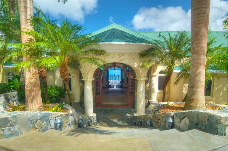 Welcome to Mango Manor. - Opulence and serenity meet five star service! - Tortola - rentals