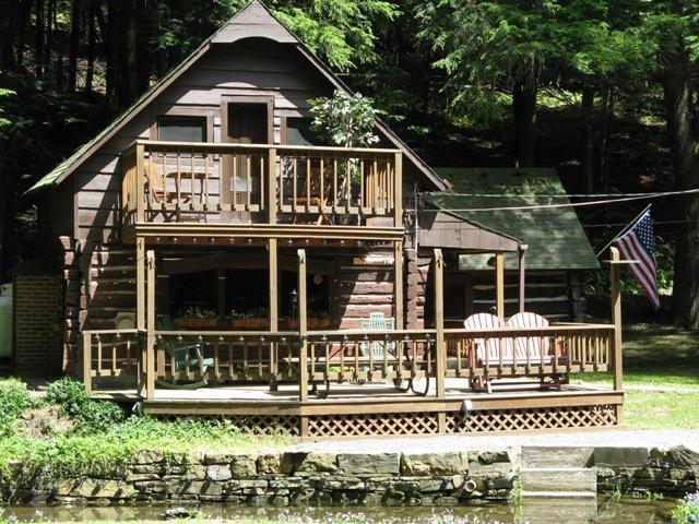 Your Streamside Log Cabin. Close to Cherry Springs State Park for Star Gazing in Coudersport Pa - Log Cabin,Close to Cherry Springs State Park - Coudersport - rentals