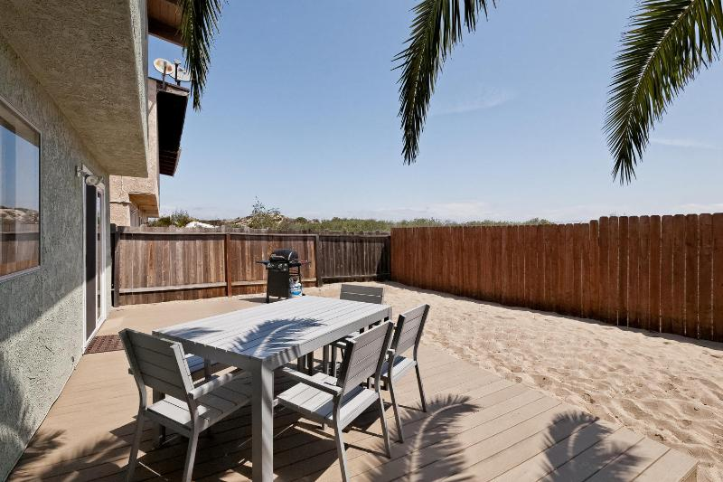 Quiet and Peaceful, backs to open space - Dunes Hideaway at Mandalay Shores~5 min to Beach! - Oxnard - rentals