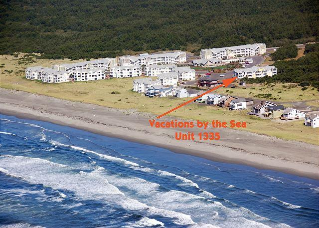 Vacations by the Sea - 1335 - Spacious top floor 2 bedroom condo with nice ocean view - Westport - rentals