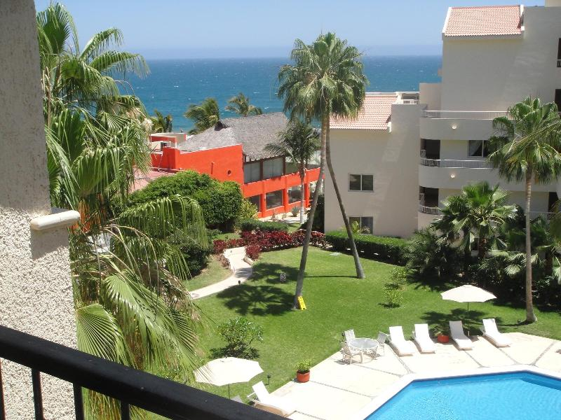 Restaurant is on the sand, heated condo pool - LAJOLLA CONDOMINIUMS, San Jose de la Cabos - San Jose Del Cabo - rentals